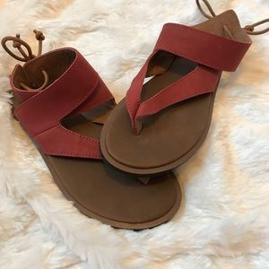 Sanuk Leather Crossfoot Thong Sandals